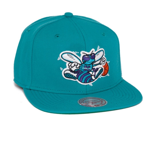 Mitchell & Ness Charlotte Hornets Snapback Cap (Teal)