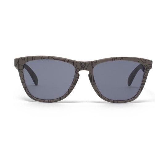 Oakley Frogskins Sunglasses (Smog Text/Grey)