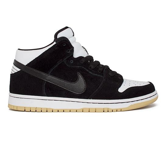 Nike SB Dunk Mid Pro (Black/Black-White)