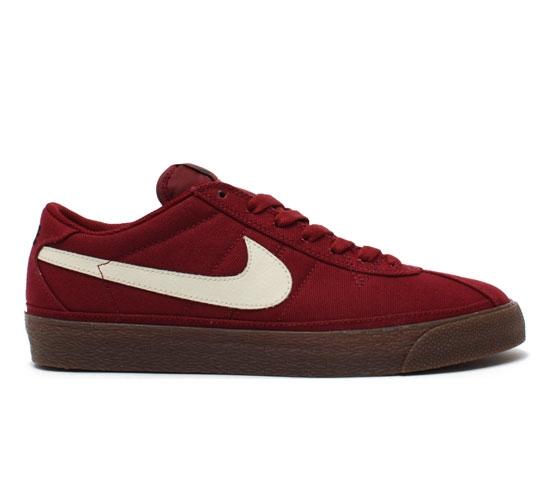 Nike SB Bruin Skate Shoes (Team Red/Flat Opal)