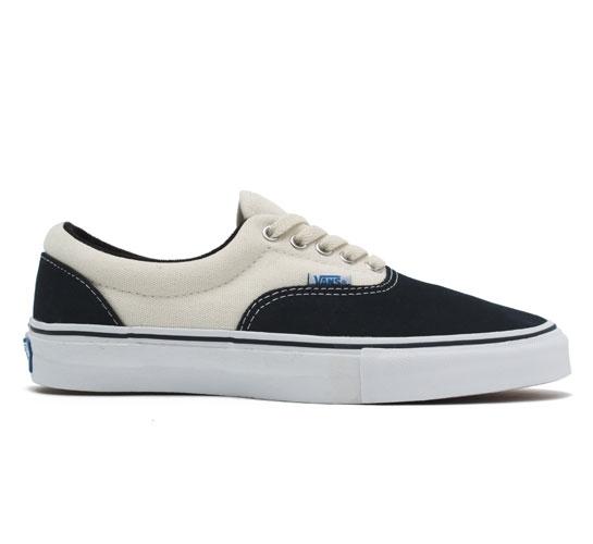 Vans Era Pro Skate Shoes (Dark Navy/White)