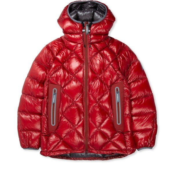 and wander Diamond Stitch Down Hooded Jacket (Red)