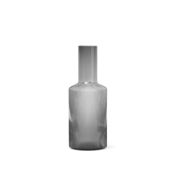 ferm LIVING Ripple Carafe (Smoked Grey)
