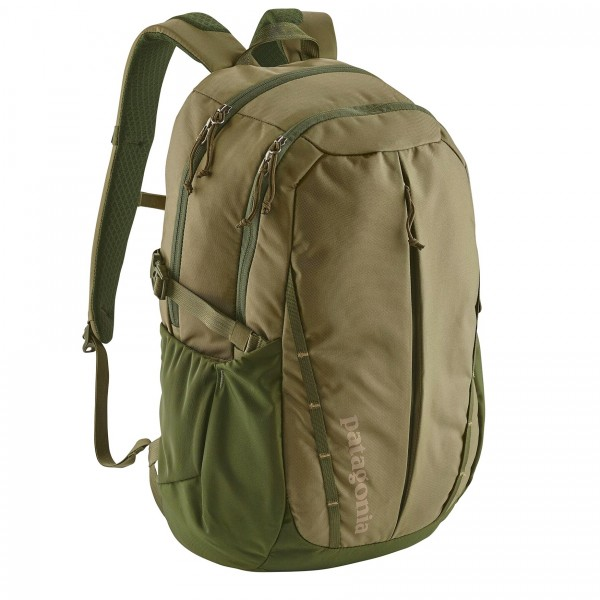 Patagonia Refugio 28L Backpack (Fatigue Green)