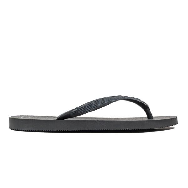 Tsukumo Beach Sandal (Black/Black)