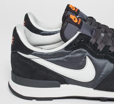 Nike Internationalist (Anthracite/Granite-Black) - Consortium
